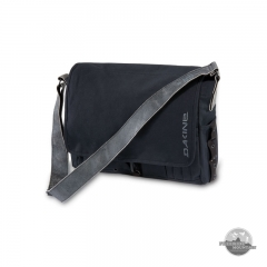 Dakine Station Black canvas